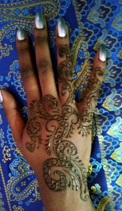 freestyle henna hand