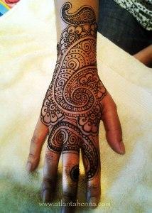 Henna Paisley Hand